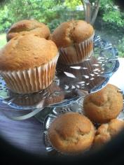 banana-muffins-on-cake-stand